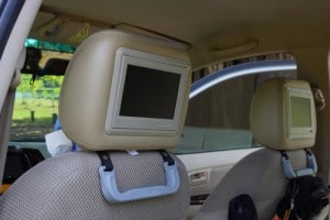 car-accessories-headrest-monitor