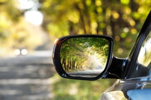 tips-for-adjusting-your-car-mirrors-to-maximize-visibility