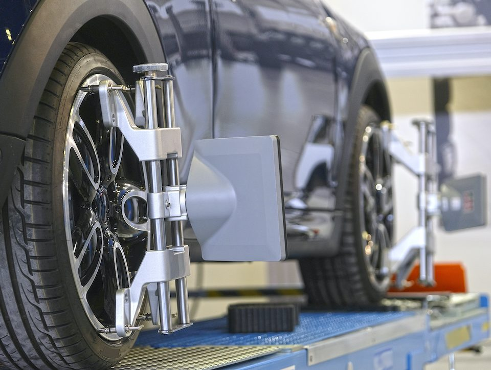how-to-tell-when-your-wheels-are-out-of-alignment