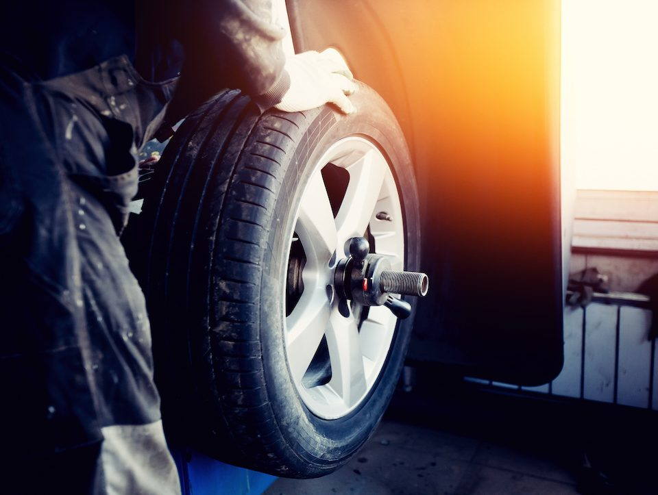 rebalancing tires, tires, balancer
