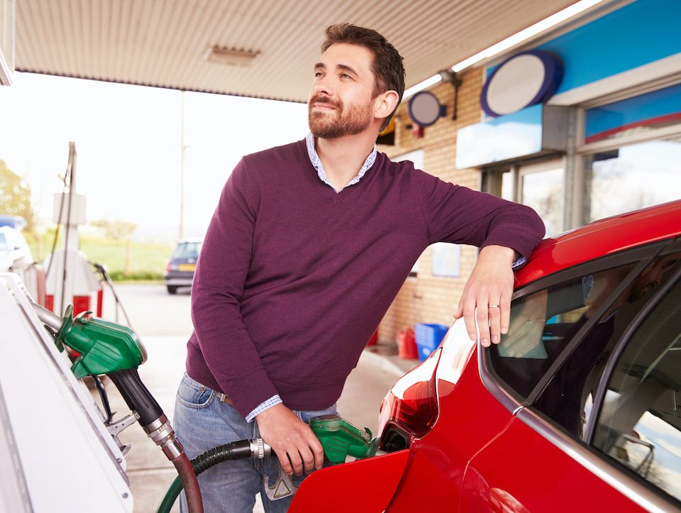 should-you-top-off-your-gas-tank