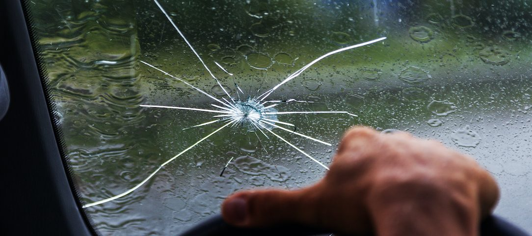 what-to-know-about-windshield-repair-with-scotts-auto
